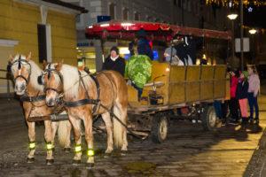 2016-12-16--Neumarkter_Adventmarkt_4._Freitag_073